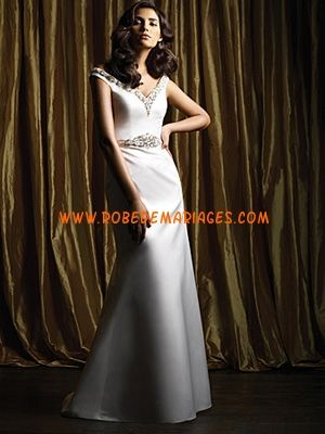 Robe de mariée sirène col V satin strass  Robes de mariée ...