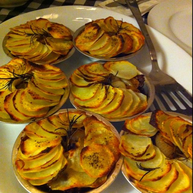... .marthastewart.com/854493/braised-short-rib-stout-and-potato-potpies