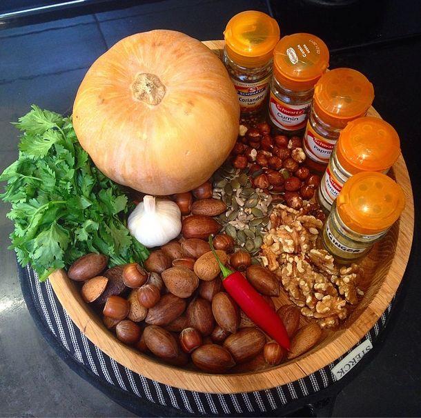 ... seeds, fenugreek, ginger, coriander seeds & garlic. Blend adding