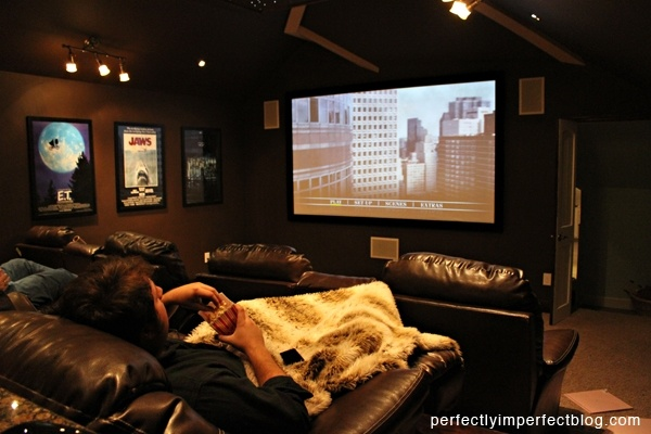 basement turned into a movie theatre dreamhouse pinterest