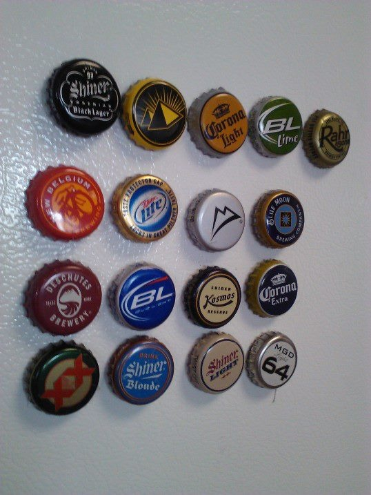 Beer bottle cap refrigerator magnets i 39 m feeling crafty for What to make with beer bottle caps