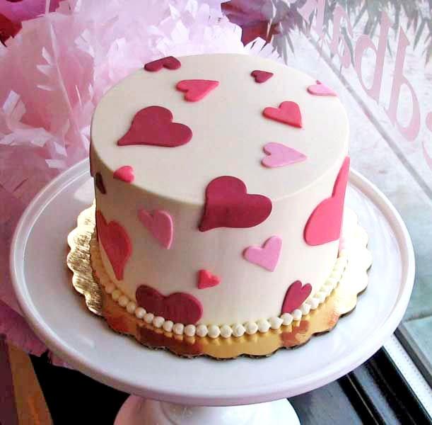 Valentine Cakes,Decorated Valentine Cakes,Custom Valentine Cake,Valentine Chocolate Cake Suppliers