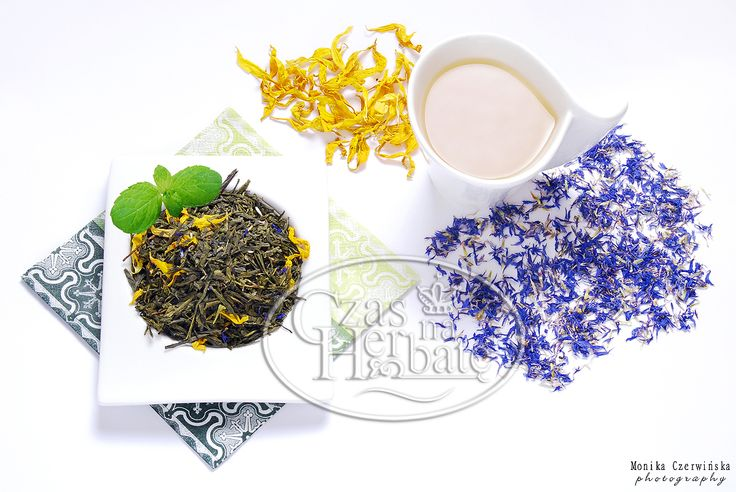 FABULOUS DEPTH. Sencha green tea with a sunflower petals, currant, cornflower and aroma.