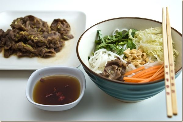 ... beef noodle salad bowls the pioneer woman beef noodle salad recipe