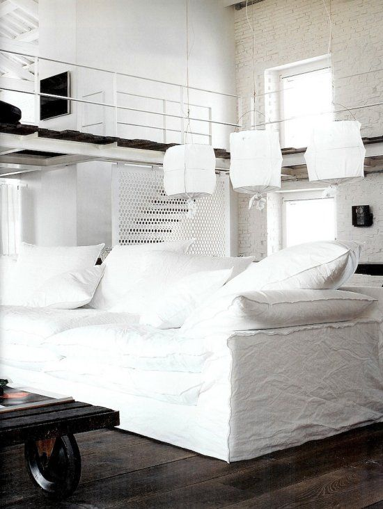 Vosgesparis: An industrial white home - Designed by Paola Navone - lighting over couch