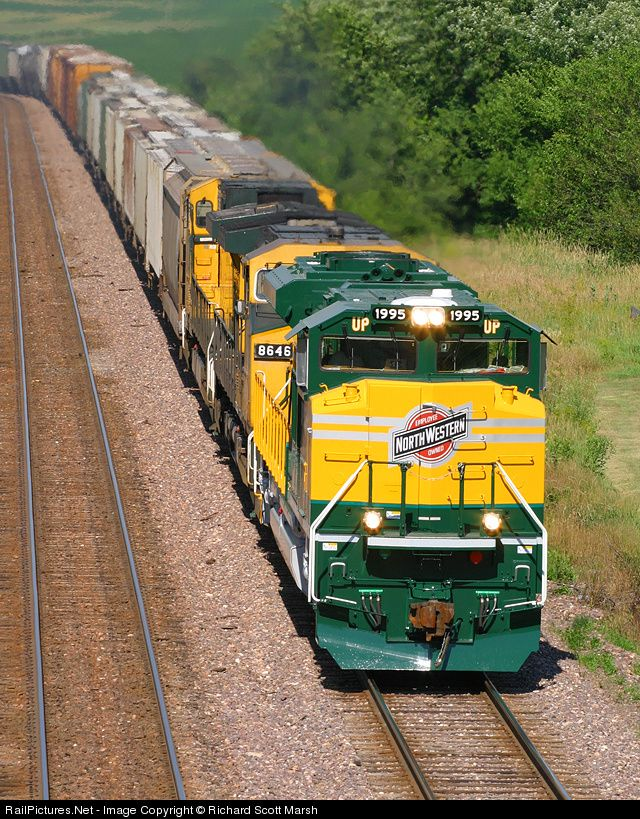 Pin by linda cordell on trains pinterest for Railpictures