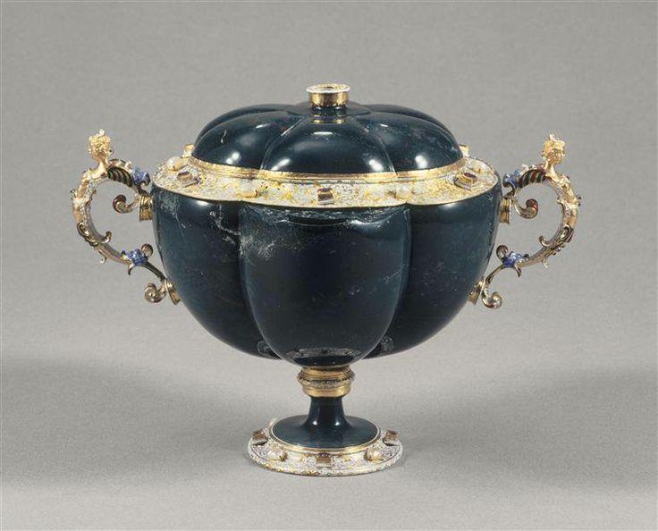 Coupe ovale couverte en jaspe, entrée dans la collection de Louis XIV avant 1673 - Atelier des Saracchi, Milan, dernier quart du XVIe siècle - Paris, Musée du Louvre