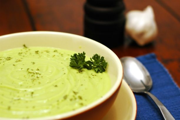 Cold Cucumber Avocado Soup | get in my belly | Pinterest