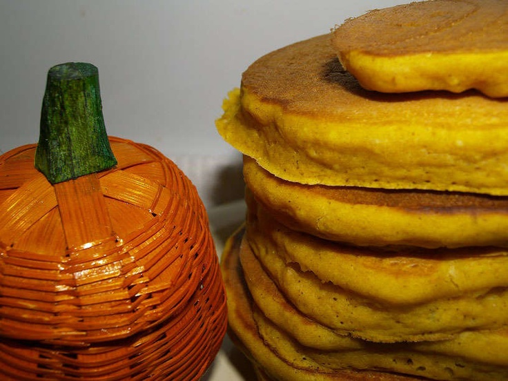 pumpkin pie pancakes | Breakfast...I really should start cooking this ...