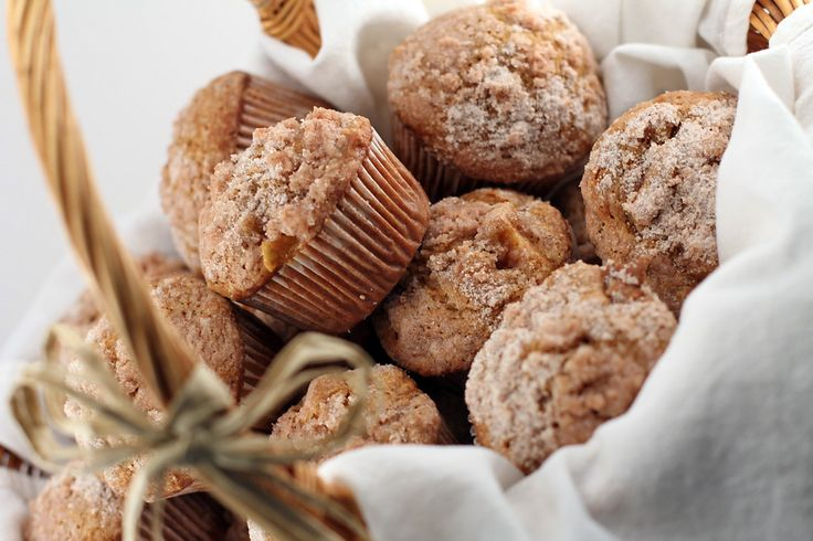 Pumpkin Apple Streusel Muffin Recipe | muffins & donuts | Pinterest