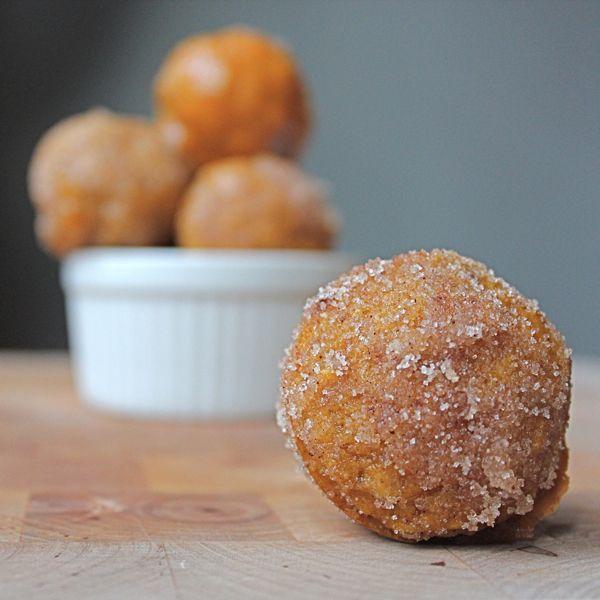 Baked Pumpkin Donut Holes | Fall | Pinterest