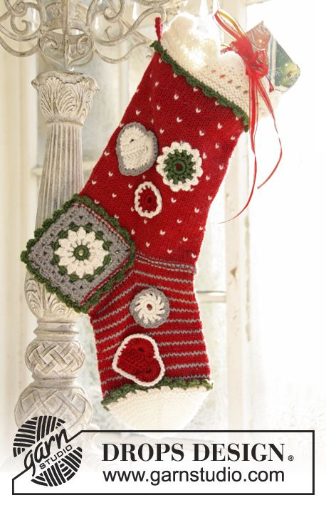 "Knitted and crochet DROPS Christmas stocking in ""Karisma"". ~ DROPS Design"