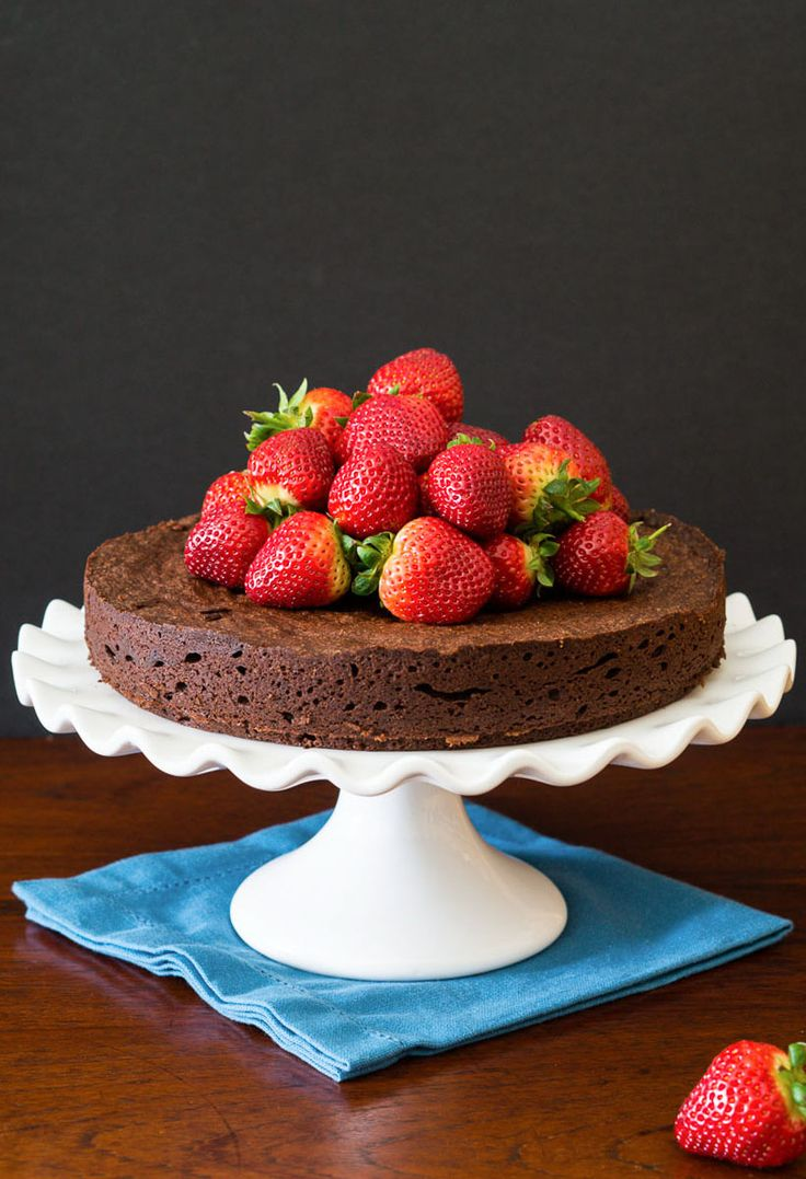 Flourless Chocolate Cake with Chipotle | Cakeries | Pinterest