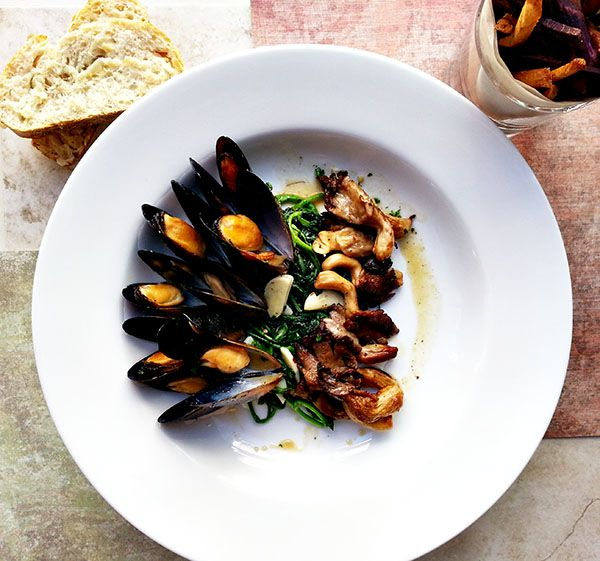mussels in buttery miso broth | Good Eats | Pinterest
