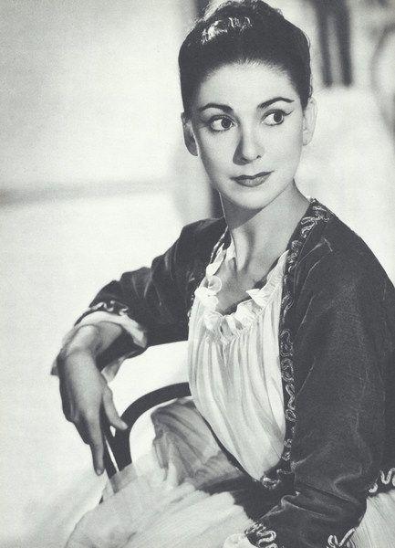 margot fonteyn Panama city — dame margot fonteyn, the world's leading ballerina for 45  years, was buried friday alongside her panamanian husband in a.