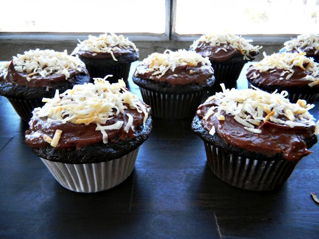 Coconut Mocha Cupcakes | food and recipes | Pinterest