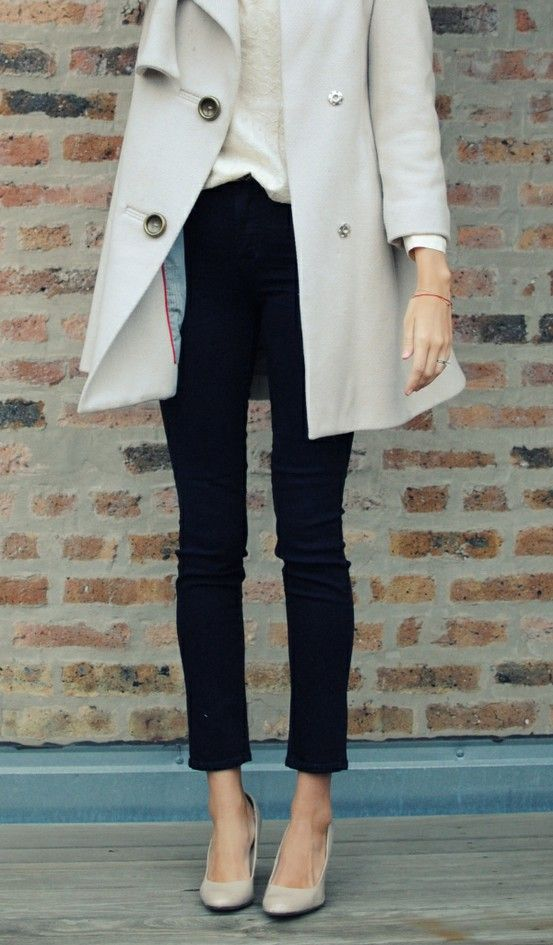 classic trench, high heels and skinny jeans