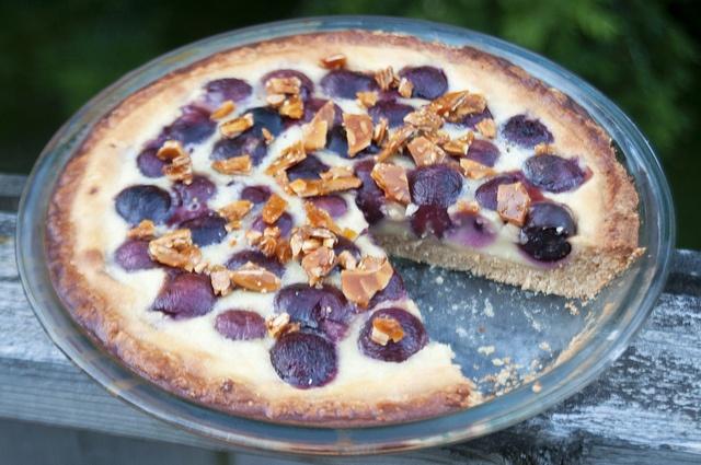 Cherry Amaretto Clafoutis Tart | who you callin' a tart? | Pinterest
