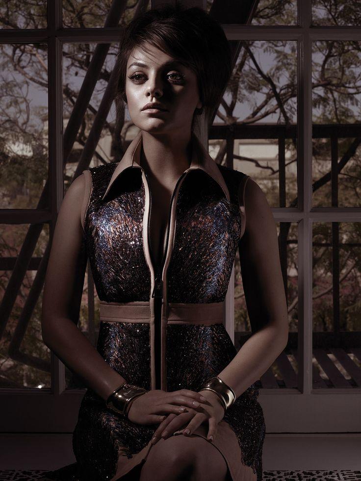 Mila Kunis: That '60s Girl - Mila Kunis Louis Vuitton