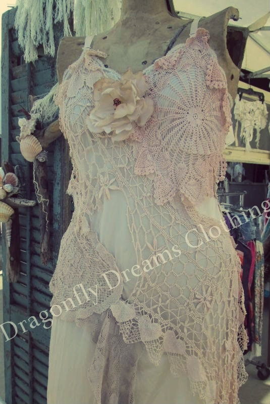 Welcome Annie from Dragonfly Dreams Clothing to the next Vintage Marketplace at the Oaks June 1st and 2nd, 2012
