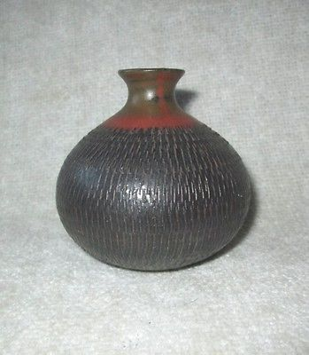 Vintage Ceramic Small Pottery Bud Vase Made In Japan Warm