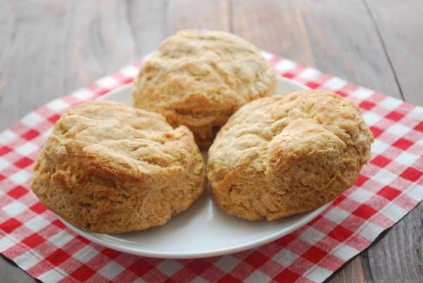 Easy Whole Wheat Biscuits ... Apparently all biscuits require a food ...