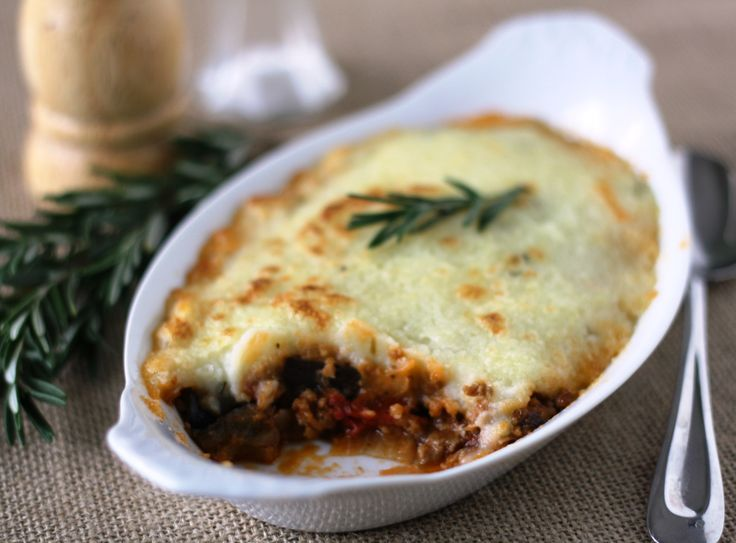 Greek shepherd's pie (gluten-free, dairy-free), featured in week 49 of ...