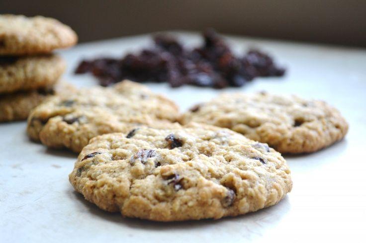 Chewy Oatmeal Raisin Cookies | Recipe