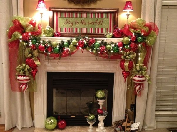 Mantle garland deco mesh wreaths pinterest for Christmas mantel decorations garland