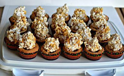 Gooey Caramel Corn Blondies | yummy desserts | Pinterest