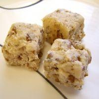 Maple Pecan Fudge Recipe | Christmas Snacks | Pinterest