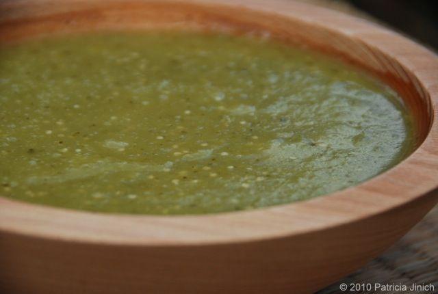 Cooked Salsa Verde : A versatile basic green tomatillo salsa