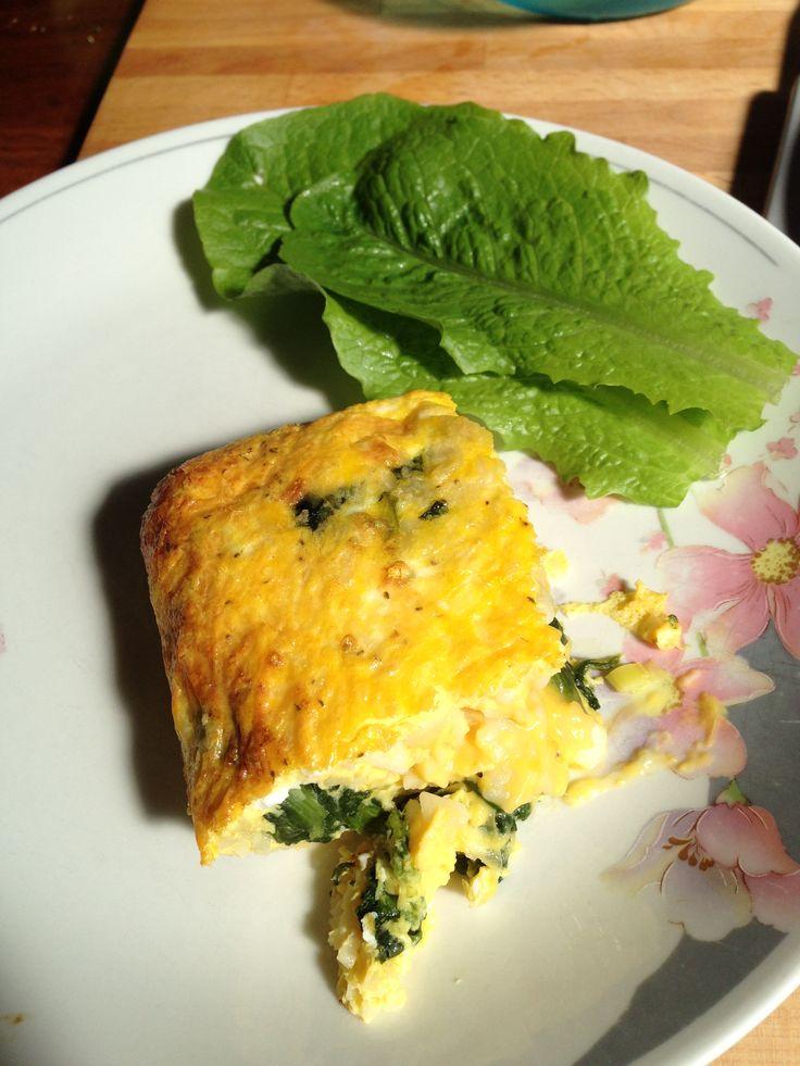 Spinach and Leek Frittata : 6 eggs, 2 leeks, garlic, 1/2 cup milk, 1/2 ...