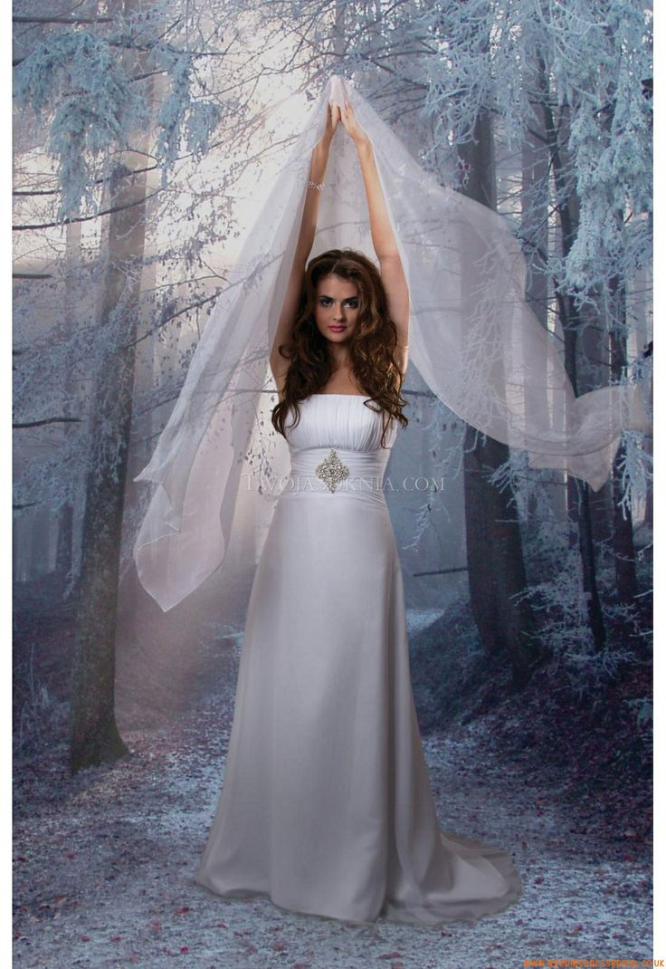 Wedding Gowns West Yorkshire 107