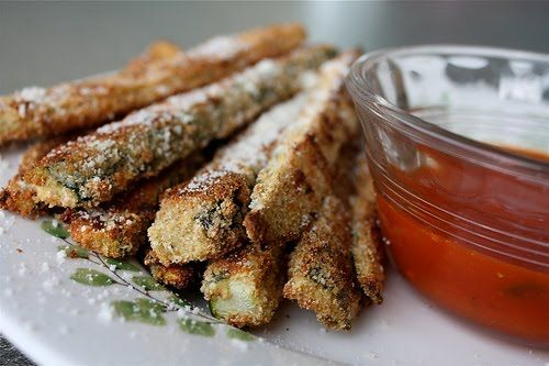 Parmesan Crusted Baked Zucchini Sticks with Marinara Sauce | Recipe