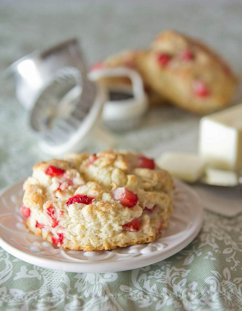 The fresh strawberries in these Strawberry Scones make this a pretty ...