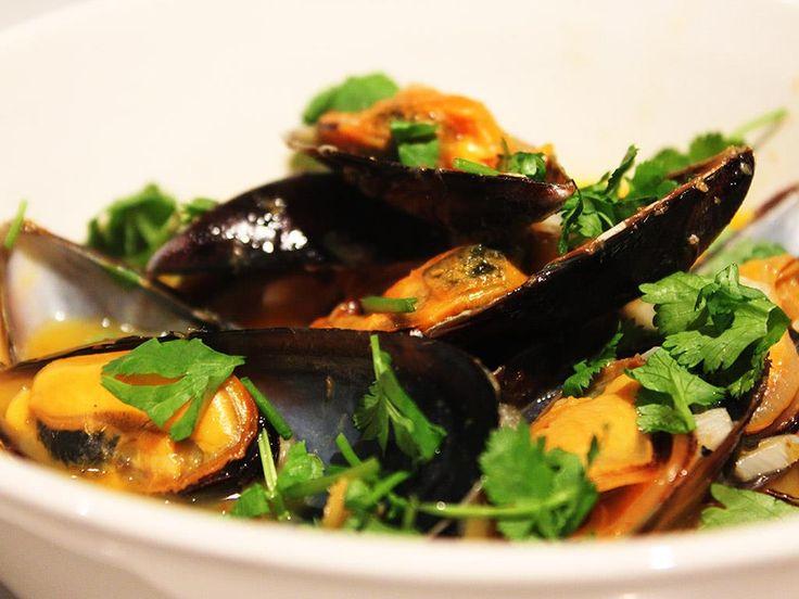 Thai Steamed Mussels | Favorite Recipes | Pinterest