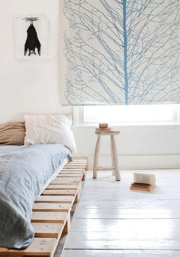 Dormitorio con pallets