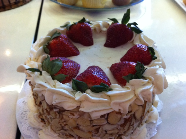 Mae's Cafe Strawberry Amaretto Cake