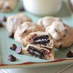 Itty Bitty Oreo Stuffed Chocolate Chip Cookies