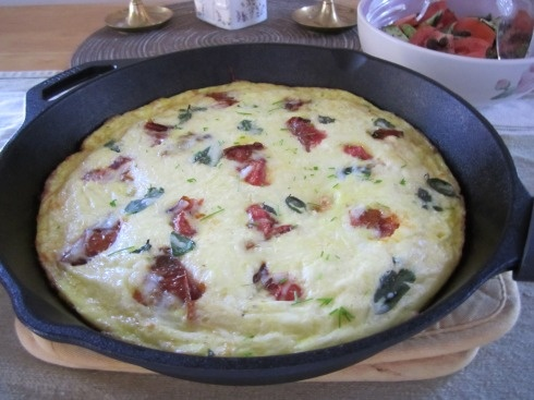 Slow-roasted tomato frittata with mozzarella & basil -- cooks in 15 ...