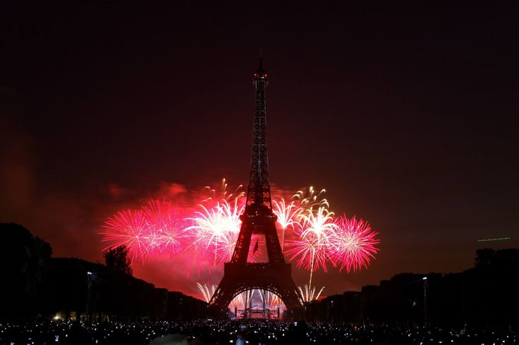 images of bastille day in france
