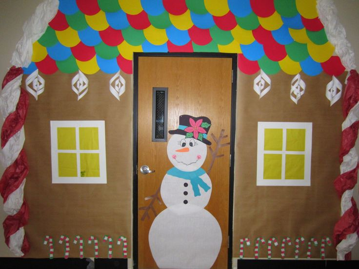 Gingerbread house door creative boards pinterest for Gingerbread house decorating ideas