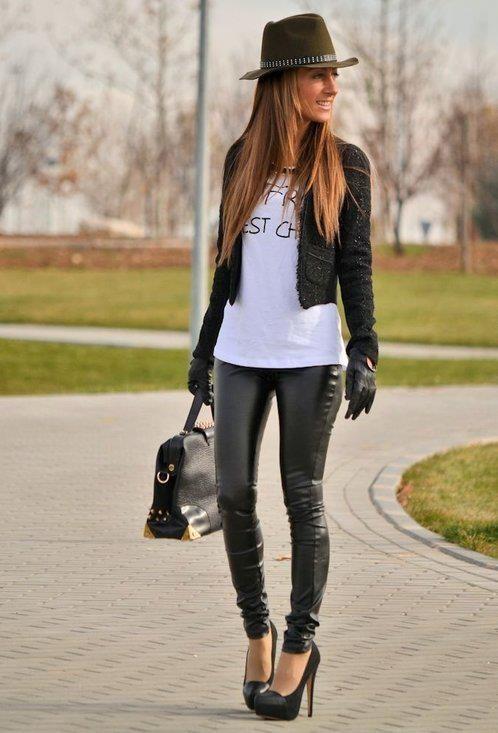 T-shirt, hat, leggins and heels: ZARA  Bag: VJ-STYLE.COM