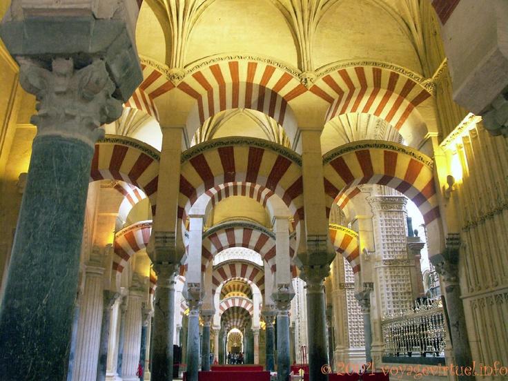 Naves de Almanzor, Mezquita Cordoba, Espanha, Andaluzia