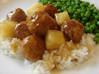 Bear in the Kitchen: Pineapple Sweet and Sour Meatballs