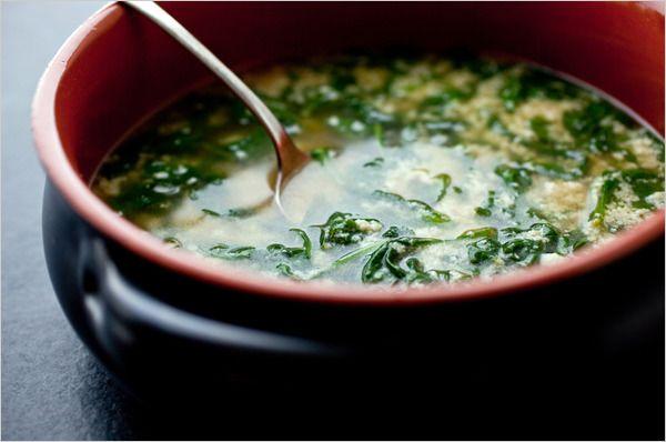 Stracciatella with Spinach (Italian Egg Drop Soup)