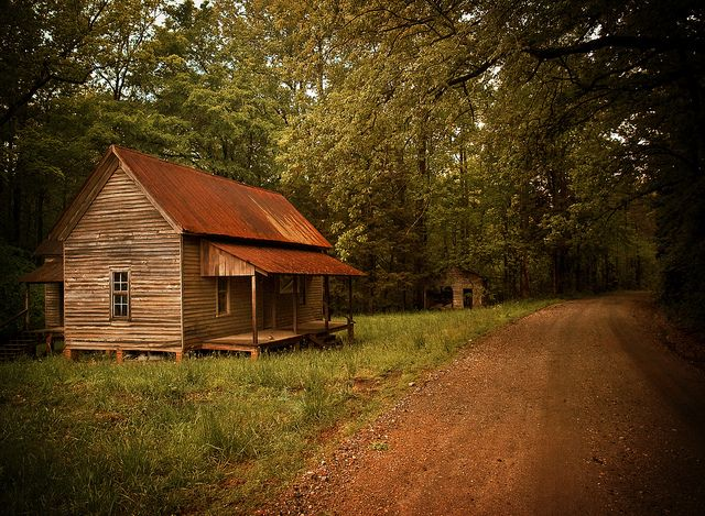 Cabin in the woods cabins and getaways pinterest for Big houses in the country