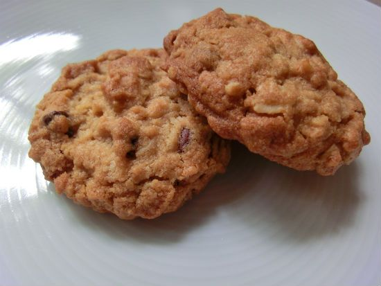 Peanut Butter & Oatmeal Chocolate Chip Cookies | Recipe
