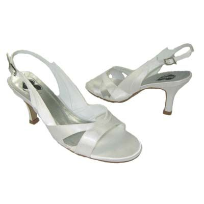 Sandália sem Brilho- Salto 7cm Branco - - VPR0049 De: R$90,00 Por: R$67,50